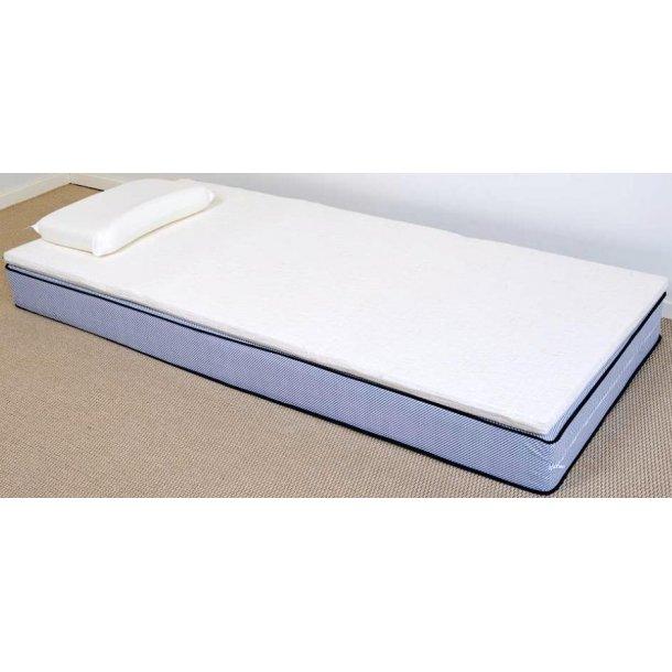 King vendbar topmadras med koldskum 80 x 200 cm med hvidt quiltet betræk